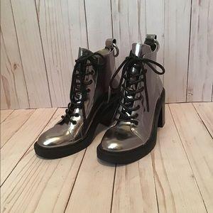 Moto/combat boots